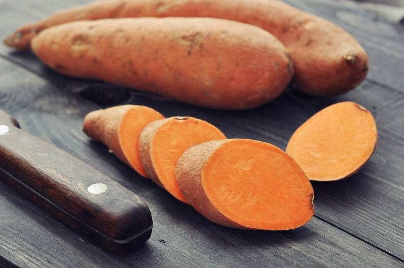 slicing-sweet-potatoes.jpg.824x0_q71
